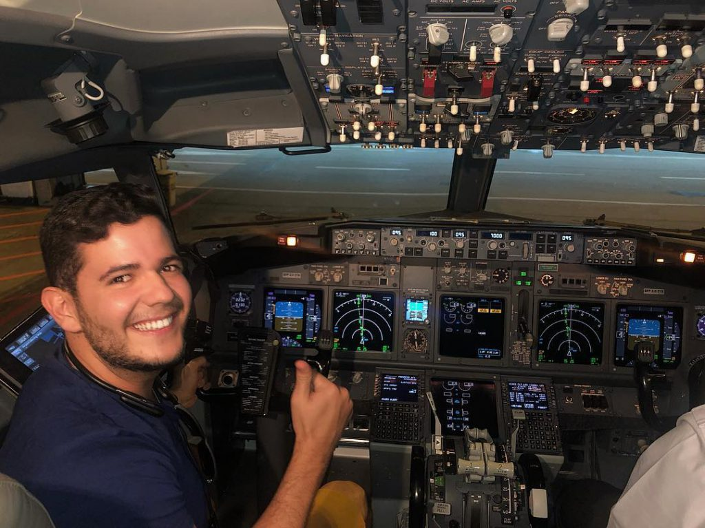 Anderson Dias from @196sonhos in the cockpit on his way to Uruguay