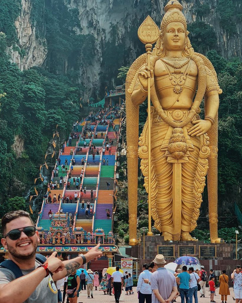 Anderson Dias from @196sonhos at the Batu Caves Temple in Kuala Lumpur